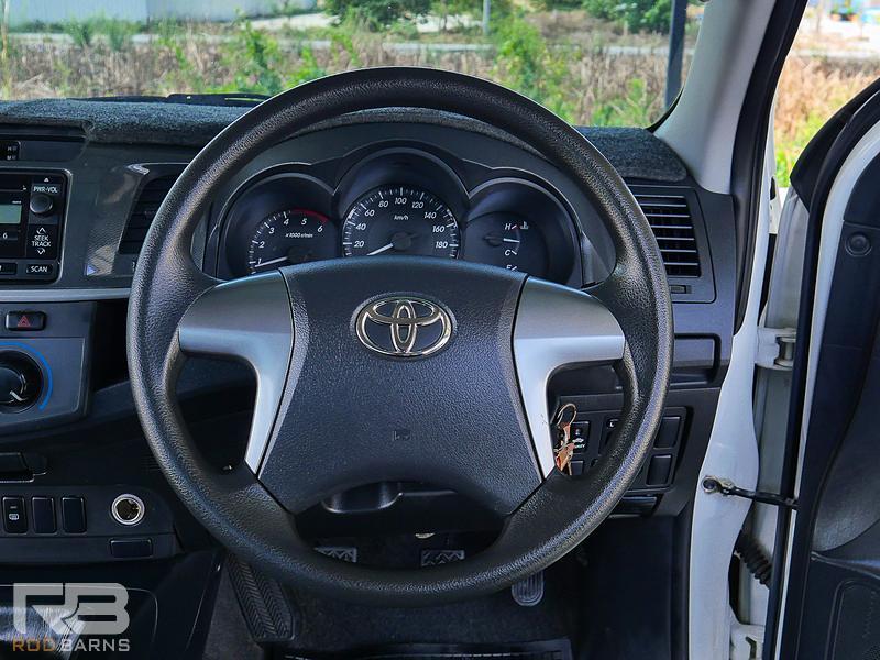 Toyota Vigo 2.5E Prerunner ปี 2012 full