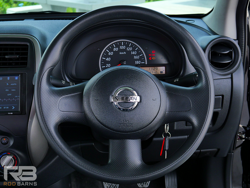 Nissan March 1.2S MT ปี2018 full